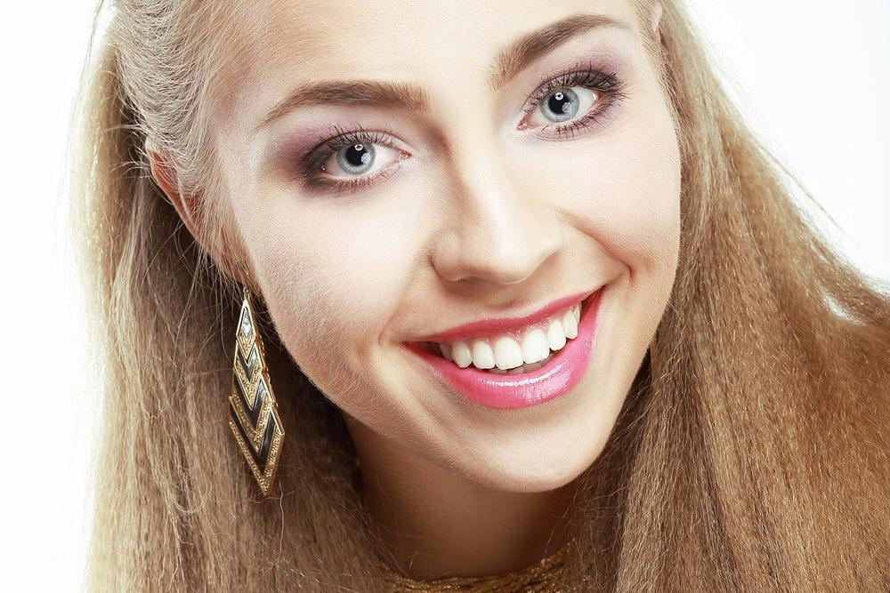 Licówki na zęby– przepis na piękny uśmiech